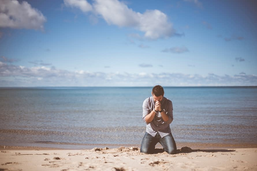 Man Praying for God To Change the person he is in a relationship with. Insanity at it's finest hour.
